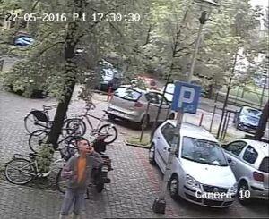 Fałszywy policjant ukradł 14 tysięcy złotych