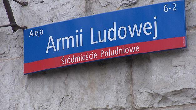 Ulica Lecha Kaczyńskiego zamiast Armii Ludowej. 47 nazw ulic do zmiany